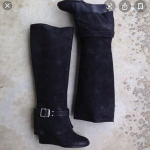 Vince Camuto Alician Black Nubuck Leather 6 Boots